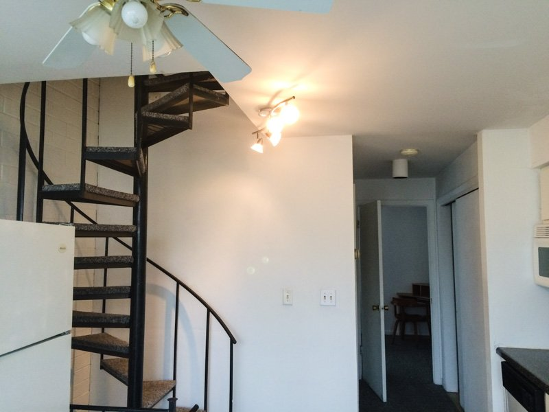 3 Bedrooms 2 Bathrooms Apartment for rent at 111 & 201 S. Busey in Urbana, IL