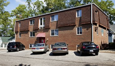 Maple Grove Apartments Apartment for rent in Bloomington, IN