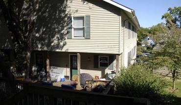 1395 N Lincoln Street Apartment for rent in Bloomington, IN