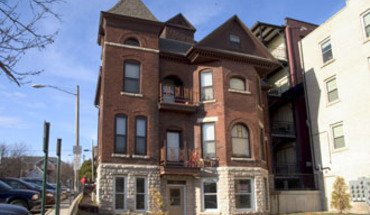 Similar Apartment at 212 W Gorham St