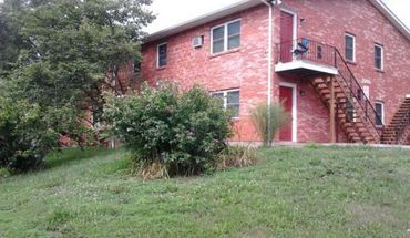 2203 Oakwood Dr. Apartment for rent in Columbia, MO