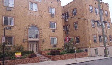 Similar Apartment at 3405 Telford