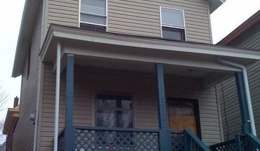 Similar Apartment at 2314 Flora Street