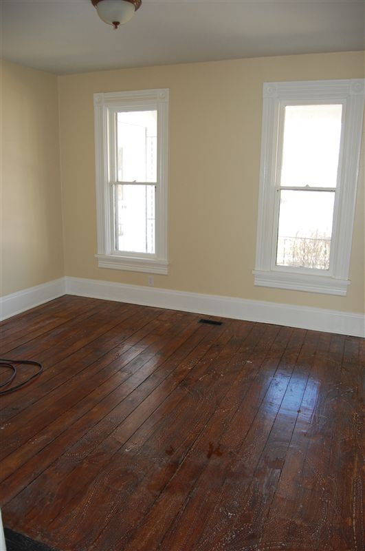 6 Bedrooms 2 Bathrooms Apartment for rent at 531 S 1st St in Ann Arbor, MI