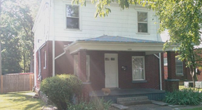 1533 Elizabeth Street Apartment for rent in Lexington, KY