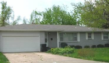 Similar Apartment at 1134 E Edgewood