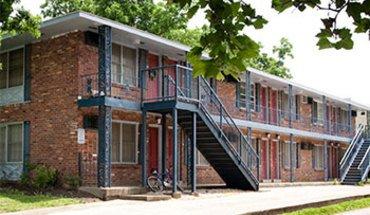 Kampus Square Apartment for rent in Lexington, KY