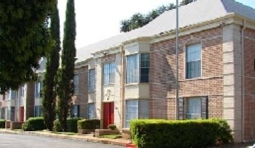 Similar Apartment at 67 Brees