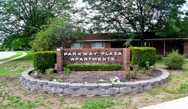 Parkway Plaza Apartment for rent in Lexington, KY