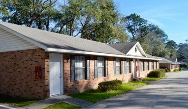 Camellia Knoll Apartment for rent in Tallahassee, FL