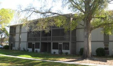Similar Apartment at 6109 Sw 8th Lane