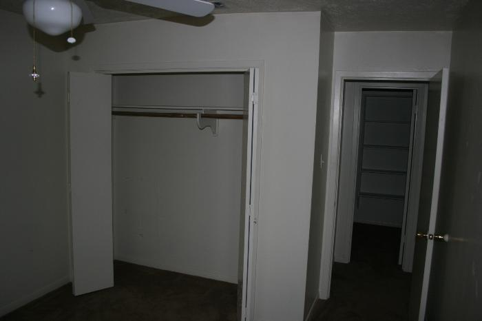 2 Bedrooms 2 Bathrooms Apartment for rent at 621-623 Navarro in College Station, TX