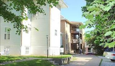 1603 University Ave Apartment for rent in Columbia, MO