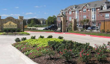 Lakeridge Townhomes