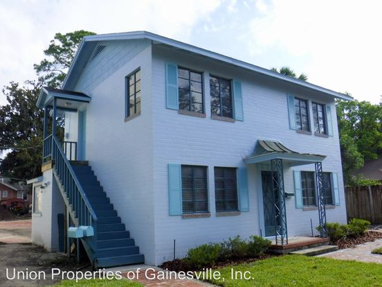 2 Bedrooms 1 Bathroom Apartment for rent at 1026 Sw 6th Avenue in Gainesville, FL