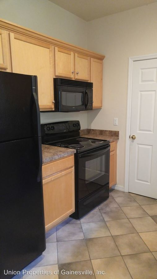 2 Bedrooms 2 Bathrooms Apartment for rent at 4125 Sw 31st Drive in Gainesville, FL