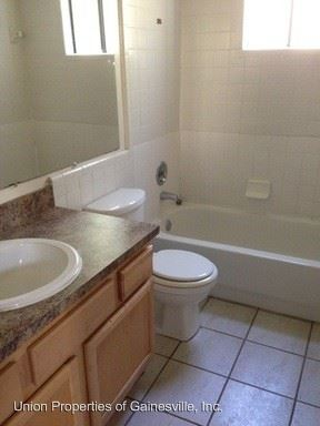 2 Bedrooms 1 Bathroom Apartment for rent at 4125 Sw 31st Drive in Gainesville, FL