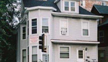 Similar Apartment at 221 N Bassett St