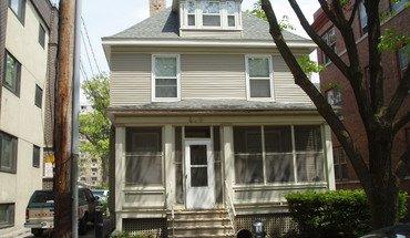 Similar Apartment at 409 N Henry St