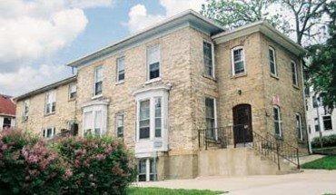 Similar Apartment at 5 W Gilman St