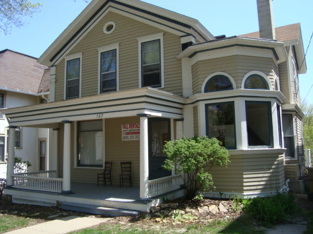 Apartments Near Wisconsin 129 E Gorham for Wisconsin Students in , WI