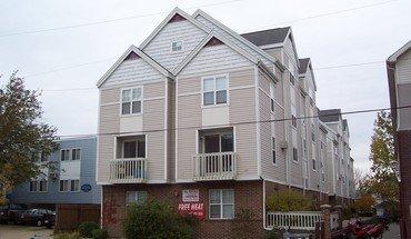 Similar Apartment at 1309-1311 W Dayton