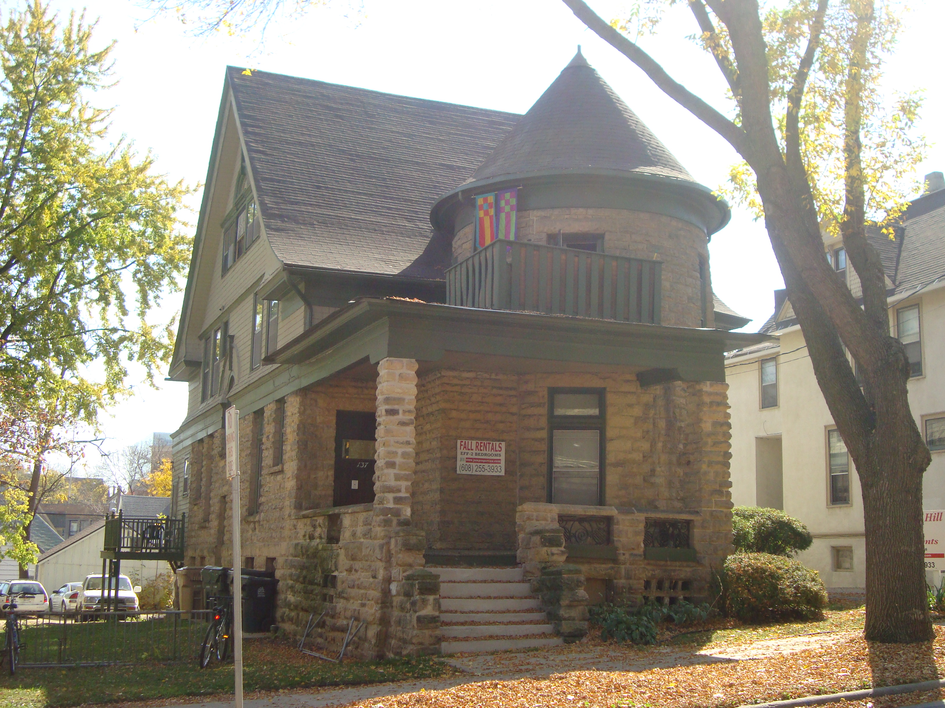 Apartments Near Wisconsin 137 E Gorham for Wisconsin Students in , WI
