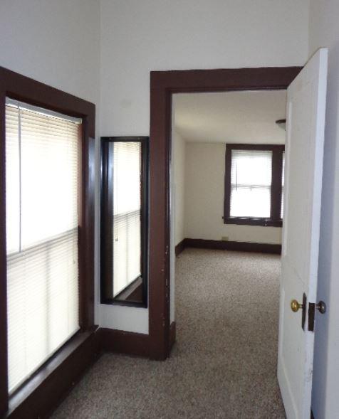 203 N Hamilton Madison, WI Apartment For Rent