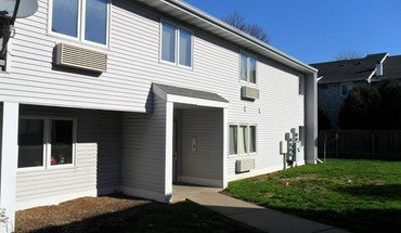 Similar Apartment at Pondfield Apartments