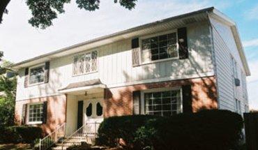 Similar Apartment at 2118 Kendall Ave