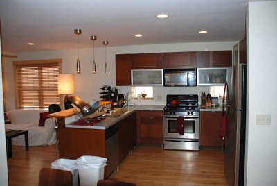 2 Bedrooms 2 Bathrooms Apartment for rent at 1425 Williamson St in Madison, WI
