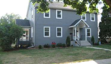 906 Oakland Avenue Apartment for rent in Madison, WI