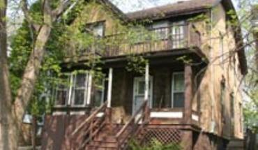 Similar Apartment at 736 E Johnson St