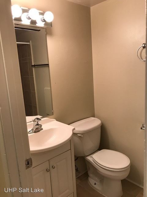 2 Bedrooms 1 Bathroom Apartment for rent at 607 South Park Street in Salt Lake City, UT