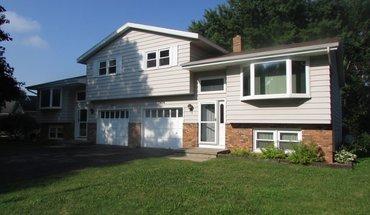 Similar Apartment at 1406-1408 S Thompson Drive