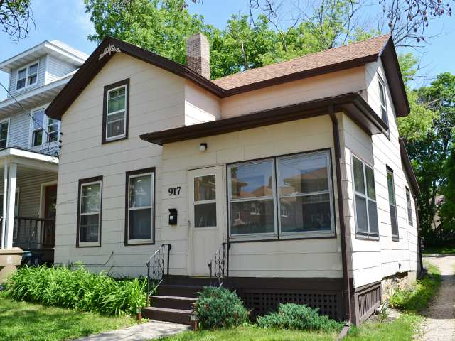 3 Bedrooms 1 Bathroom House for rent at 917 E Johnson St in Madison, WI