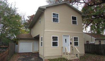 Similar Apartment at 612 Christianson Ave