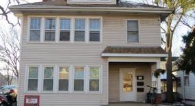 Similar Apartment at 206 S Mills St