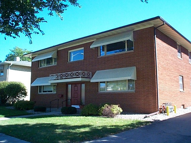 2 Bedrooms 1 Bathroom Apartment for rent at 601 N Midvale Blvd in Madison, WI