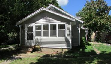 Similar Apartment at 2702 Dahle St