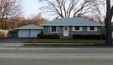 Similar Apartment at 4317 Milwaukee St