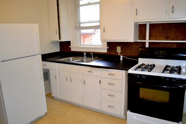 2 Bedrooms 1 Bathroom House for rent at 1037 Jenifer St in Madison, WI