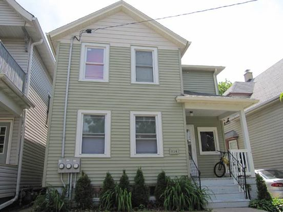 2 Bedrooms 1 Bathroom House for rent at 114 S Bassett St in Madison, WI