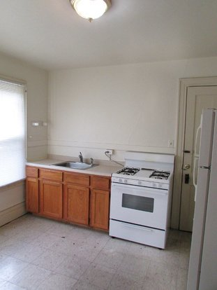 2 Bedrooms 1 Bathroom House for rent at 131 E Johnson St in Madison, WI