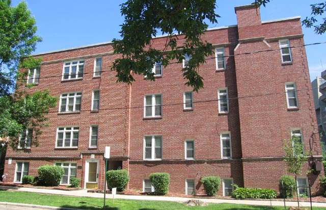 1 Bedroom 1 Bathroom Apartment for rent at 1610 Chadbourne Ave in Madison, WI