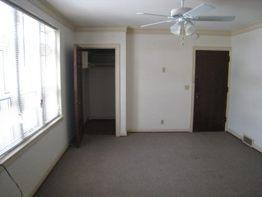 Studio 1 Bathroom Apartment for rent at 1610 Chadbourne Ave in Madison, WI