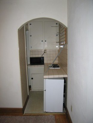 Studio 1 Bathroom Apartment for rent at 522 State St in Madison, WI