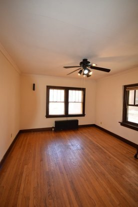 1 Bedroom 1 Bathroom Apartment for rent at 528 State Street in Madison, WI
