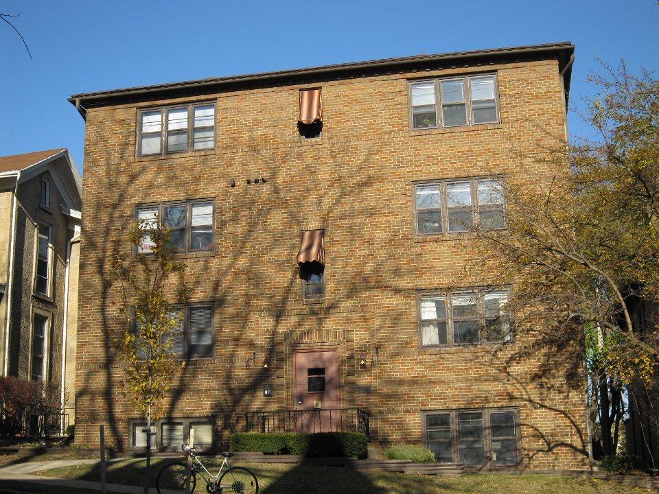 1 Bedroom 1 Bathroom Apartment for rent at 419 N Pinckney St in Madison, WI