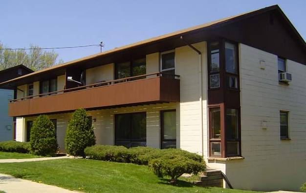 2 Bedrooms 1 Bathroom Apartment for rent at 518 Shepard Terrace in Madison, WI